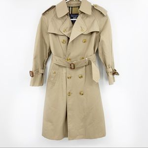 Vintage Chelsea Heritage Trench Coat in Honey